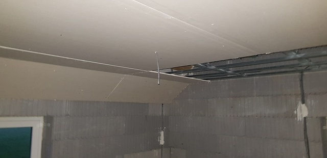 Pose du faux plafond !