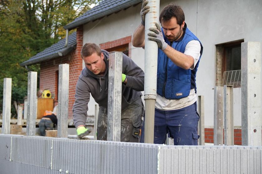 Mr & Mvr Maricq-Berrewaerts – Zelfbouwers –  Blokken muren isolatie
